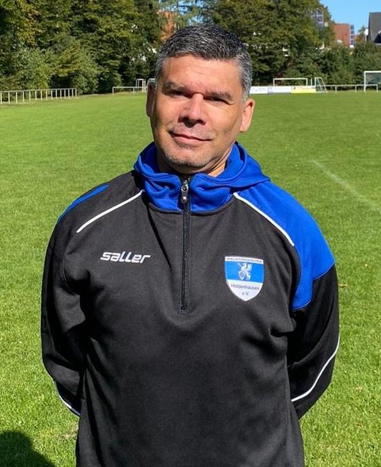 In bewährten Händen: Robert Duvnjak bleibt auch in der Saison 2021/2022 Trainer unserer zweiten Mannschaft.